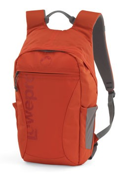 Photo Hatchback 16L AW Red